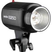 Godox e250 1