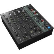 Behringer djx 750 1