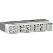 Behringer amp800 1