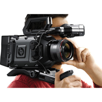 Blackmagic design cinecamursam40k ef 7