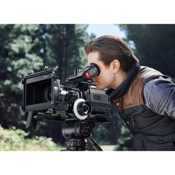 Blackmagic design cinecamursam46k ef 11