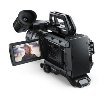 Blackmagic design cinecamursam46k ef 4